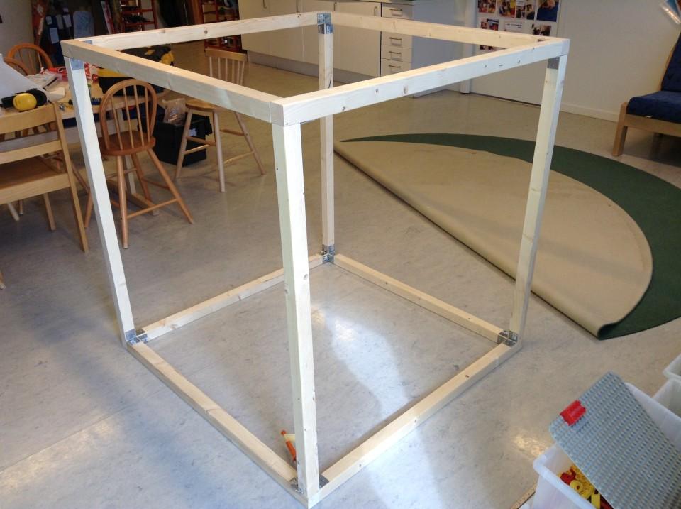En kub från förskolan Spargrisen.